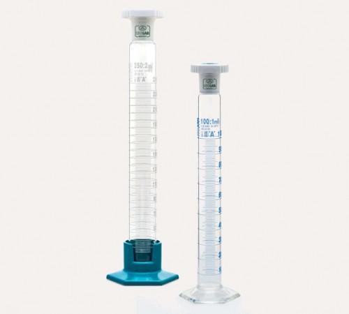 Ống đong thủy tinh có nắp Isolab